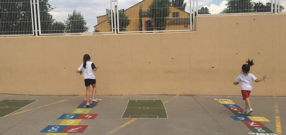 Transformando nuestro patio en un lugar donde jugar y aprender